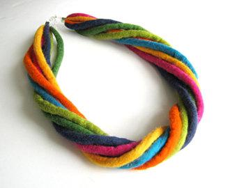 ogrlica od filca