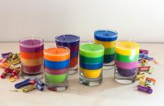 Sveće od voštanih boja