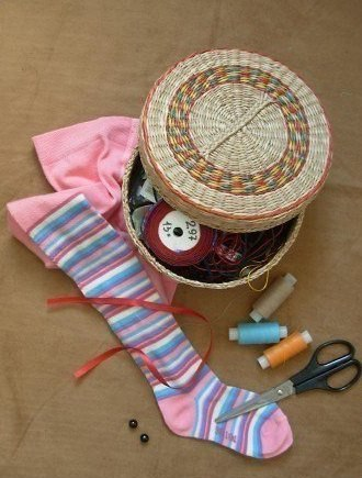 Prase od dečijih čarapa - potreban materijal.
