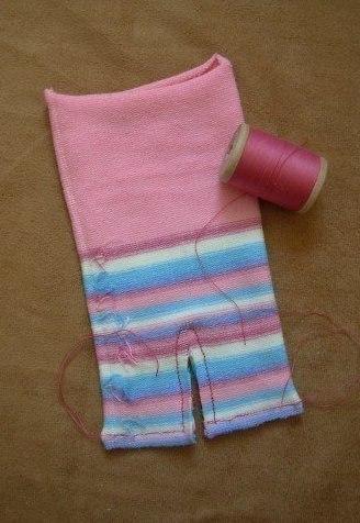 Prase od dečijih čarapa - izrada.