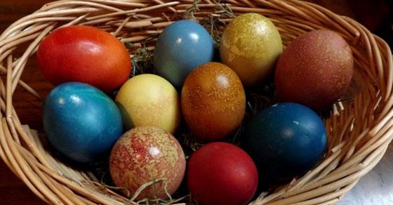 farbanje-jaja-prirodno2