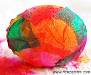 farbanje jaja krep papirom 6